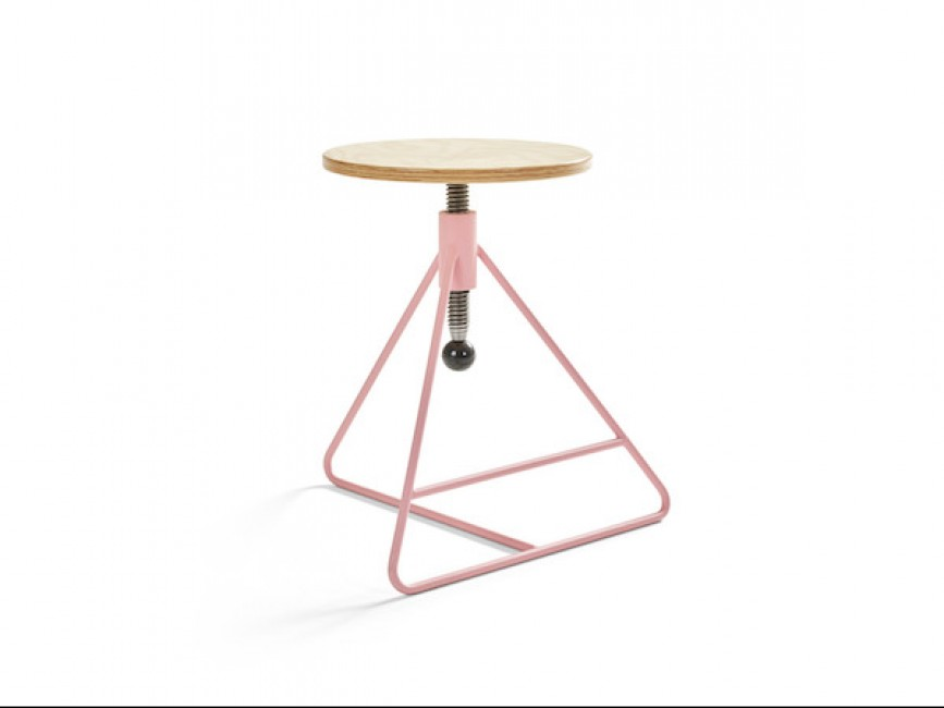 Spinner low adjustable stool